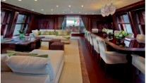JAde yacht by CRN - Salon with dining area